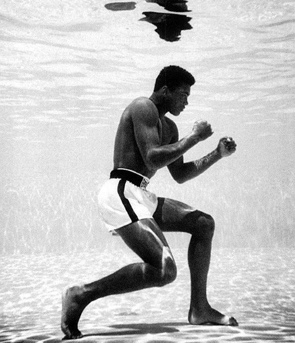 Muhammad Ali onder water